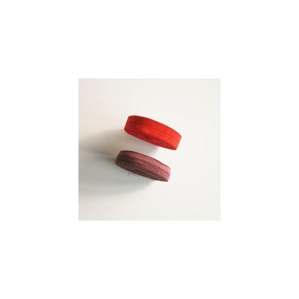 Ensfarvet folde elastik, rød eller bordeaux