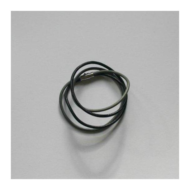 Dobbelt armbånd i sort og grå skind