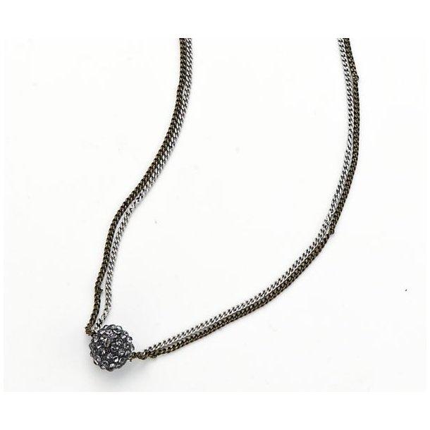 Halskæde med perle vedhæng