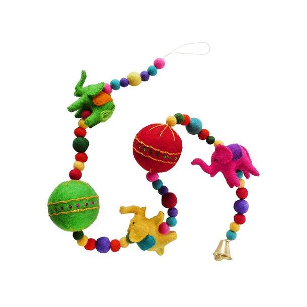 Ophæng med elefanter og bolde